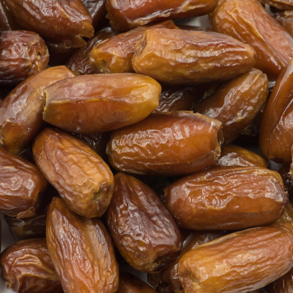 Phoenix-Agrotech-deglet-noor-date-fruit-1.jpg